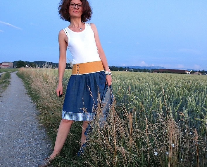 Freuleins-Röcke im alpinen Stil